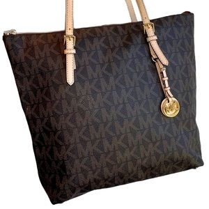 Michael Kors Jet Set Large Tote Brown